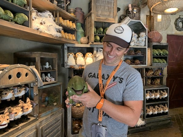 Star Wars Galaxy's Edge Black Spire Outpost Marketplace