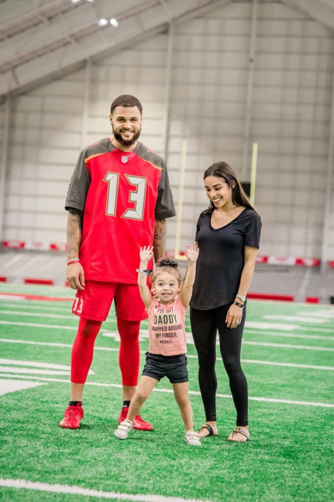Mike Evans and family Tampa Bay Buccaneers
